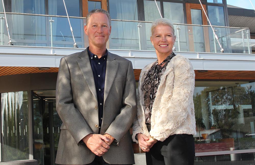 Christer Ekdahl, näringslivsutvecklare och Carina Wutzler (M), kommunstyrelsens ordförande i Vellinge kommun.